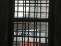 hotelprison18