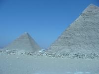 Pyramide2.JPG