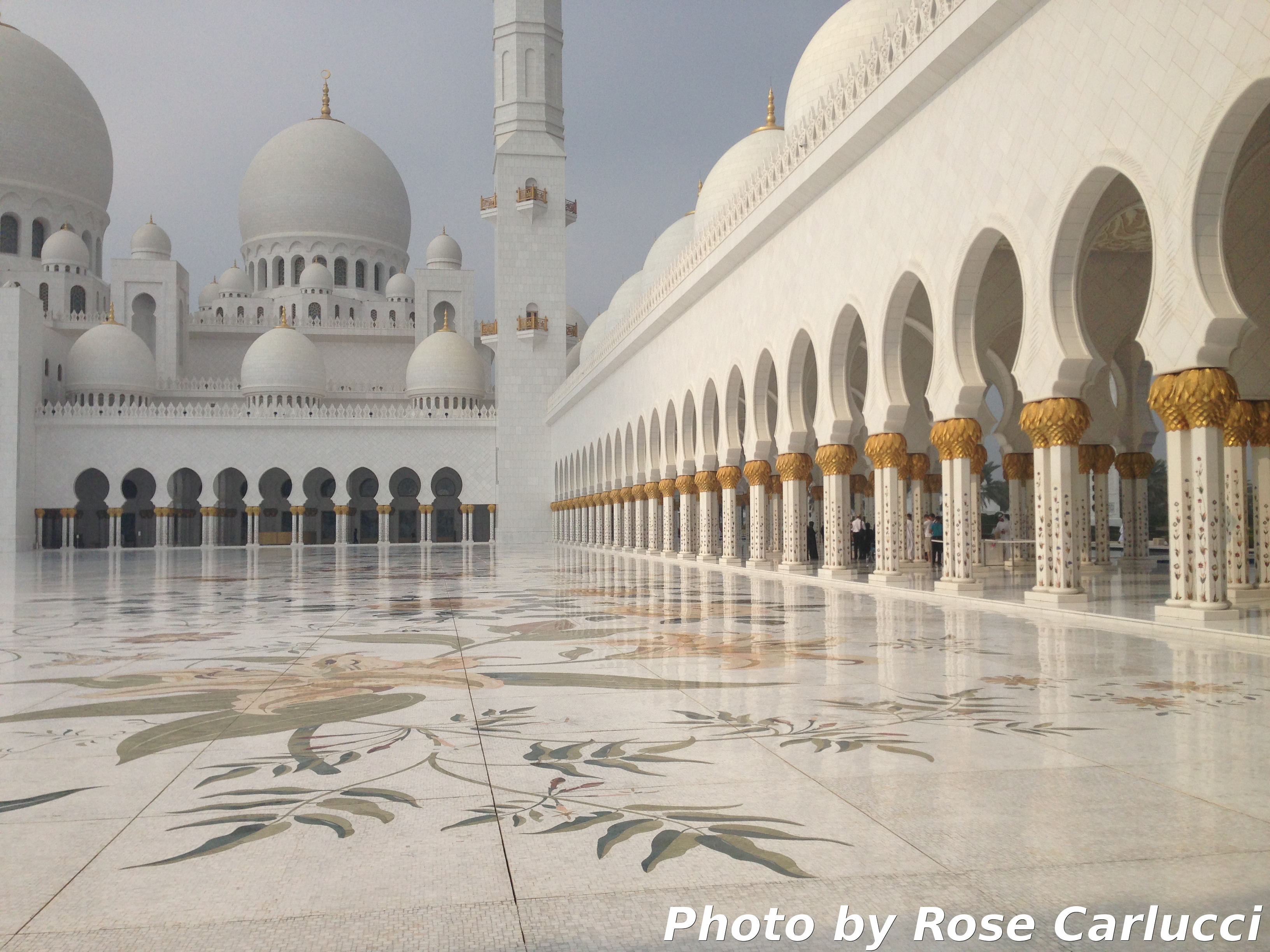 Sheikh Zayed Mosque Abu Dhabi Uae Tips And Travel