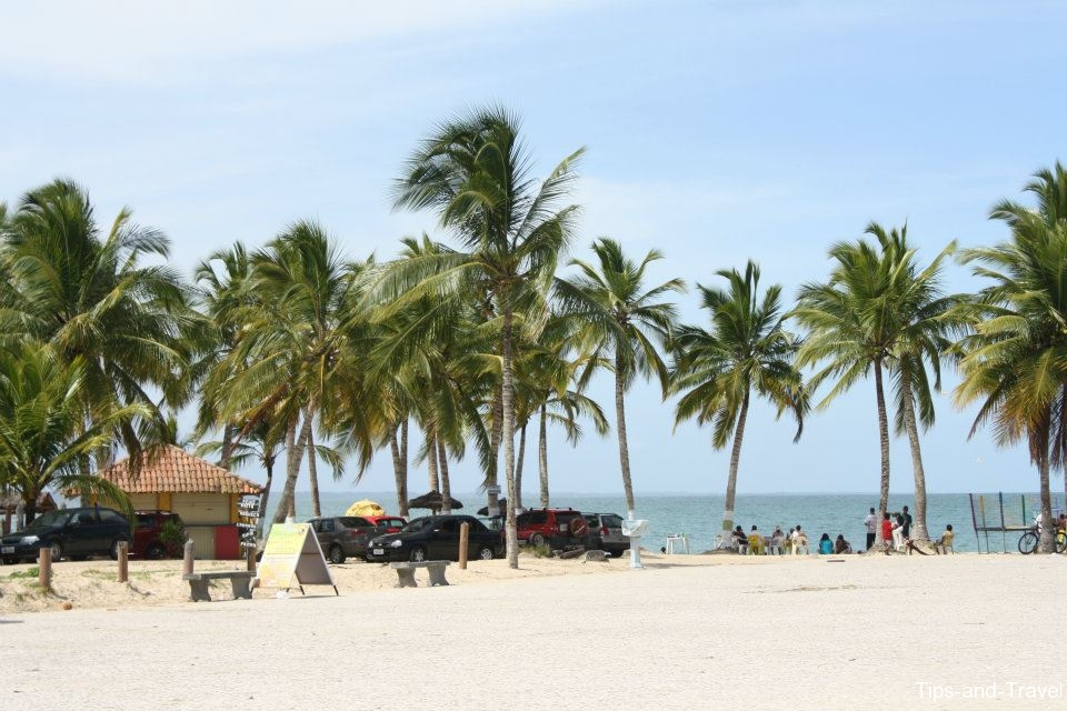 Can You Take Taxi To West End Beach In Honduras